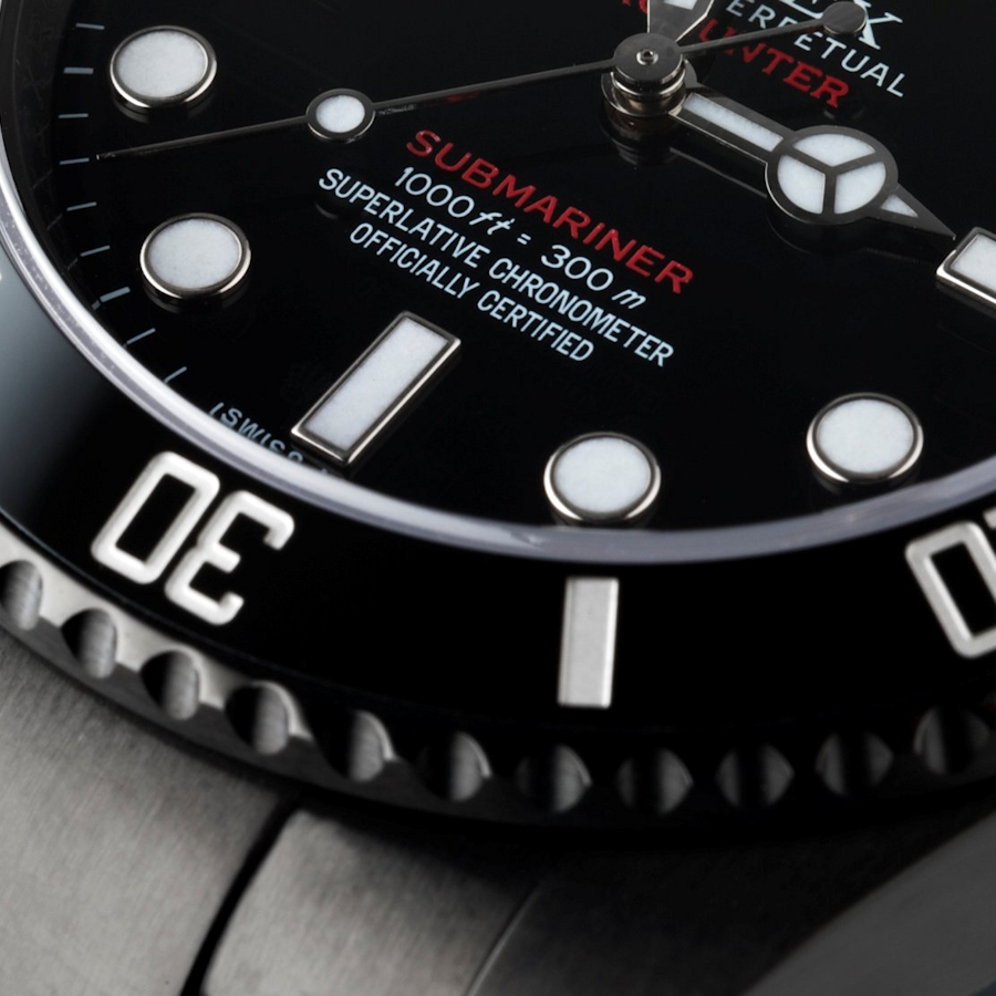 Submariner Red